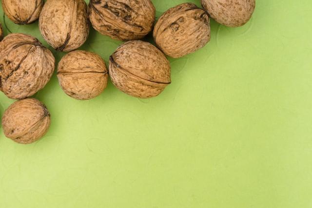 Home remedies for insomnia - Walnut