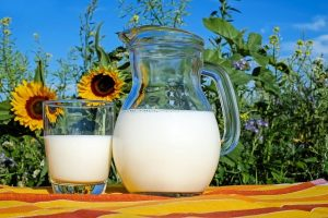 best home remedy for cold sore - milk