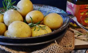 home remedies for cracked hands - potatoes