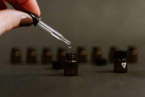 benefits of essential oils - tea tree