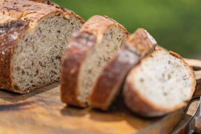 how to gain weight naturally - bread