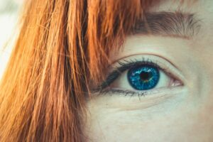 which type of eyeliner - downturned