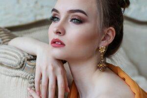 Eye Makeup for Green Eyes - girl