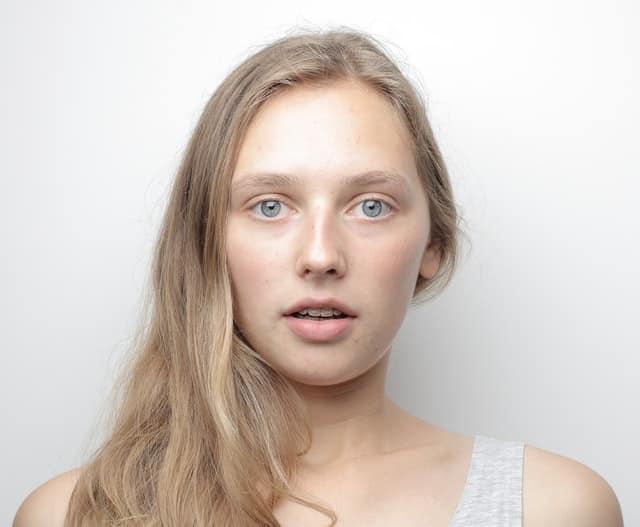 eye makeup for blue eyes -andrea-piacquadio