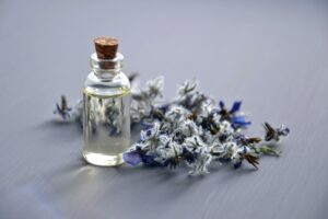 home remedies for dandruff - Essential Oil