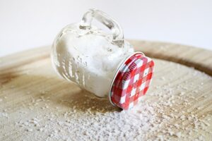 home remedies for dandruff - Salt