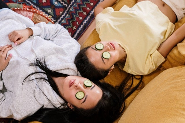 home remedies for dry eyes- cucumber