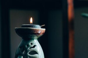 how to do meditation at home - censer