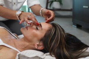 Natural Eye Lift Methods - Facial exercises