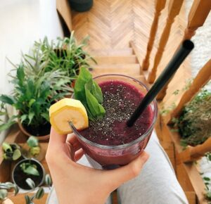 healthy smoothies for dinner - fig smoothie