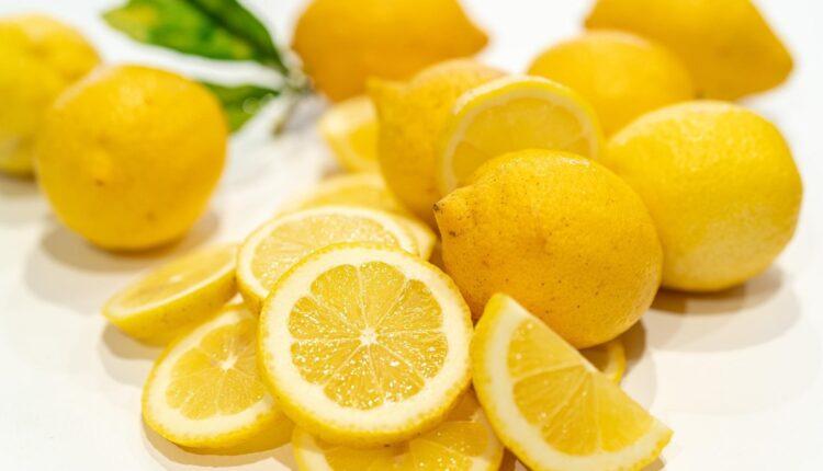 Lemon Cayenne Pepper Cleanse - Lemon