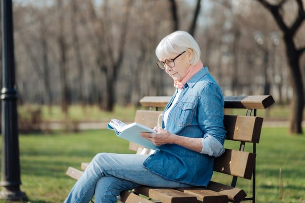 Average Cost of Health Insurance for 60-Year-Old Female – Cost by Age