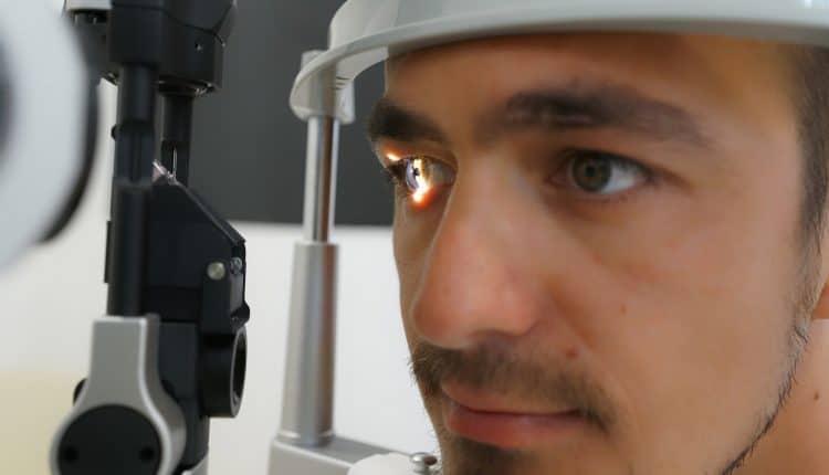 Optometrist Equipment - Control Eye Diseases