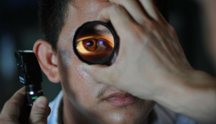 How to Become an Optometrist – Getting License